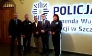 Burmistrz i przedstawiciele Komendy Wojewódzkiej Policji